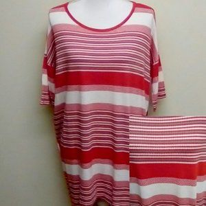 Small LuLaRoe Irma Tunic